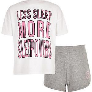 Witte pyjamaset met 'sleep less'-print voor meisjes