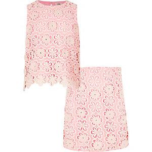 Roze outfit bestaande uit rok en top met kanten bovenlaag voor meisjes