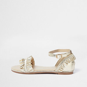 Girls gold metallic ruffle strap sandals