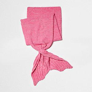 Girls pink mermaid tail knit blanket