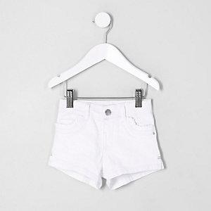 Short en denim blanc avec poches à volant mini fille