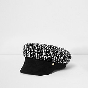 Girls black boucle baker boy hat