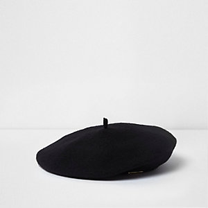 Girls black felt beret