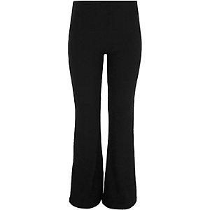 Zwarte uitlopende geribbelde legging voor meisjes