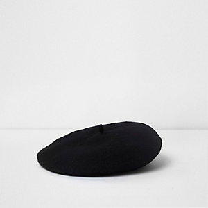 Mini girls black felt beret
