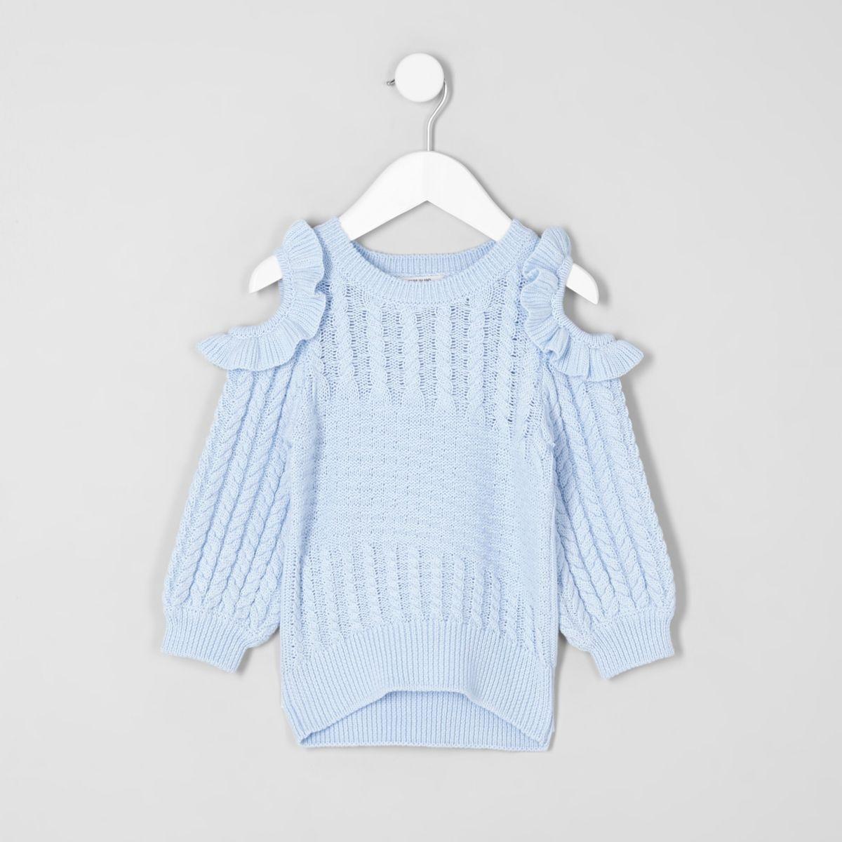 Hellblauer Pullover mit Schulterausschnitten
