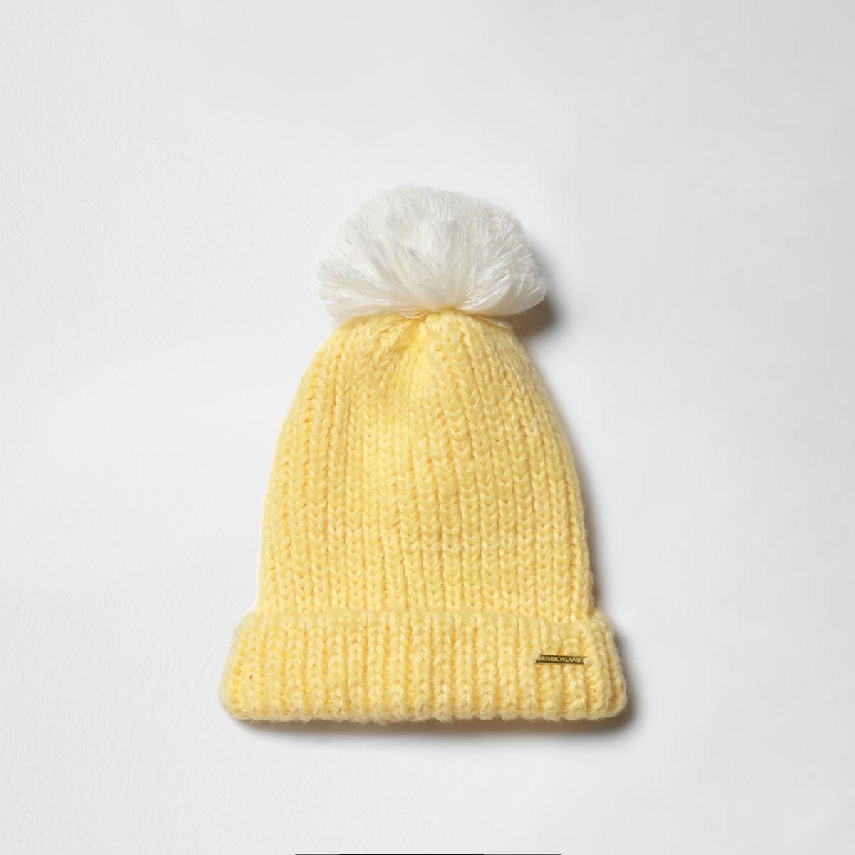 Girls yellow bobble beanie hat