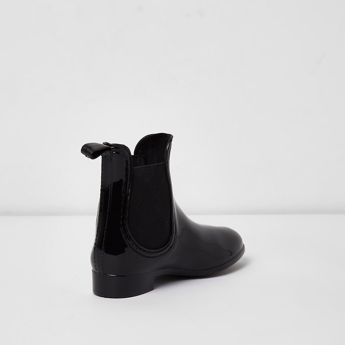 competitive price 66f98 5dec5 Girls black patent chelsea boot wellies