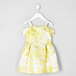Mini - Gele jacquard feestjurk met bardothalslijn voor meisjes
