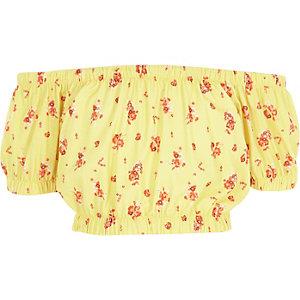 Gele crop top met bardothalslijn en bloemenprint voor meisjes