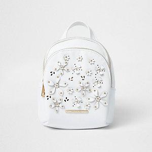 Weißer Rucksack mit 3D-Blume