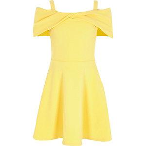 Robe patineuse Bardot jaune à nœud et torsade pour fille