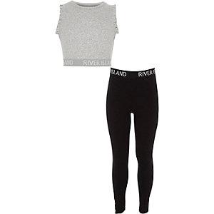 RI – Outfit aus grauem Crop Top und Leggings