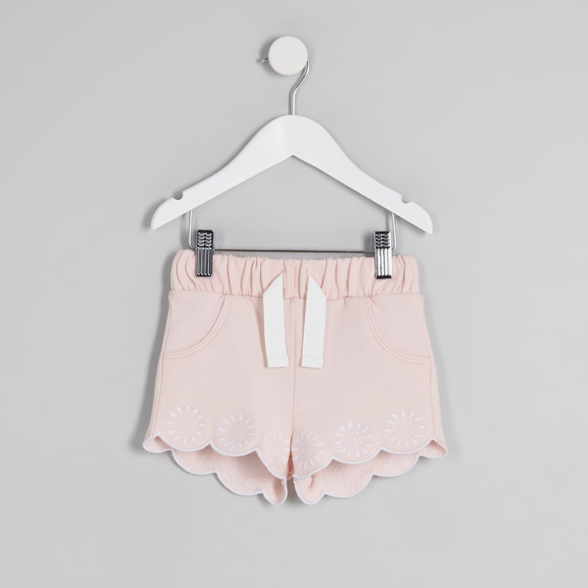 Mini girls pink scalloped hem shorts