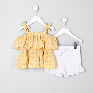 Mini girls yellow top and shorts outfit