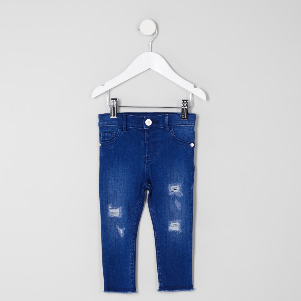 Molly – Blaue Jeans mit grobem Saum im Used-Look