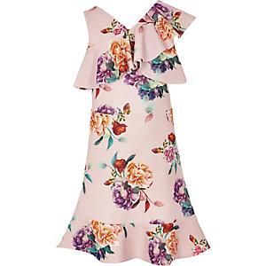 Roze jurk met bloemenprint, een  bedekte schouder en ruche voor meisjes