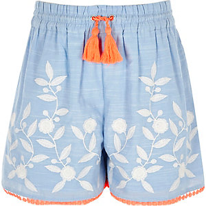 Girls blue embroidered pom pom shorts