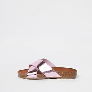 Girls pink metallic cross strap sandals