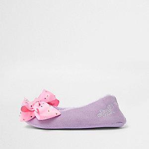 Paarse pantoffels van imitatiebont en JoJo-strikken voor meisjes