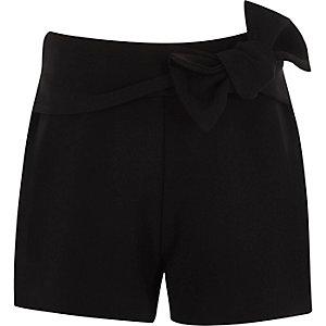 Short noir avec nœud pour fille