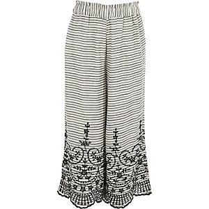 Witte gestreepte geborduurde broek met wijde pijpen voor meisjes