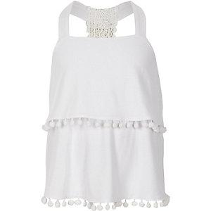 Witte camitop met twee lagen en kant op de rug voor meisjes