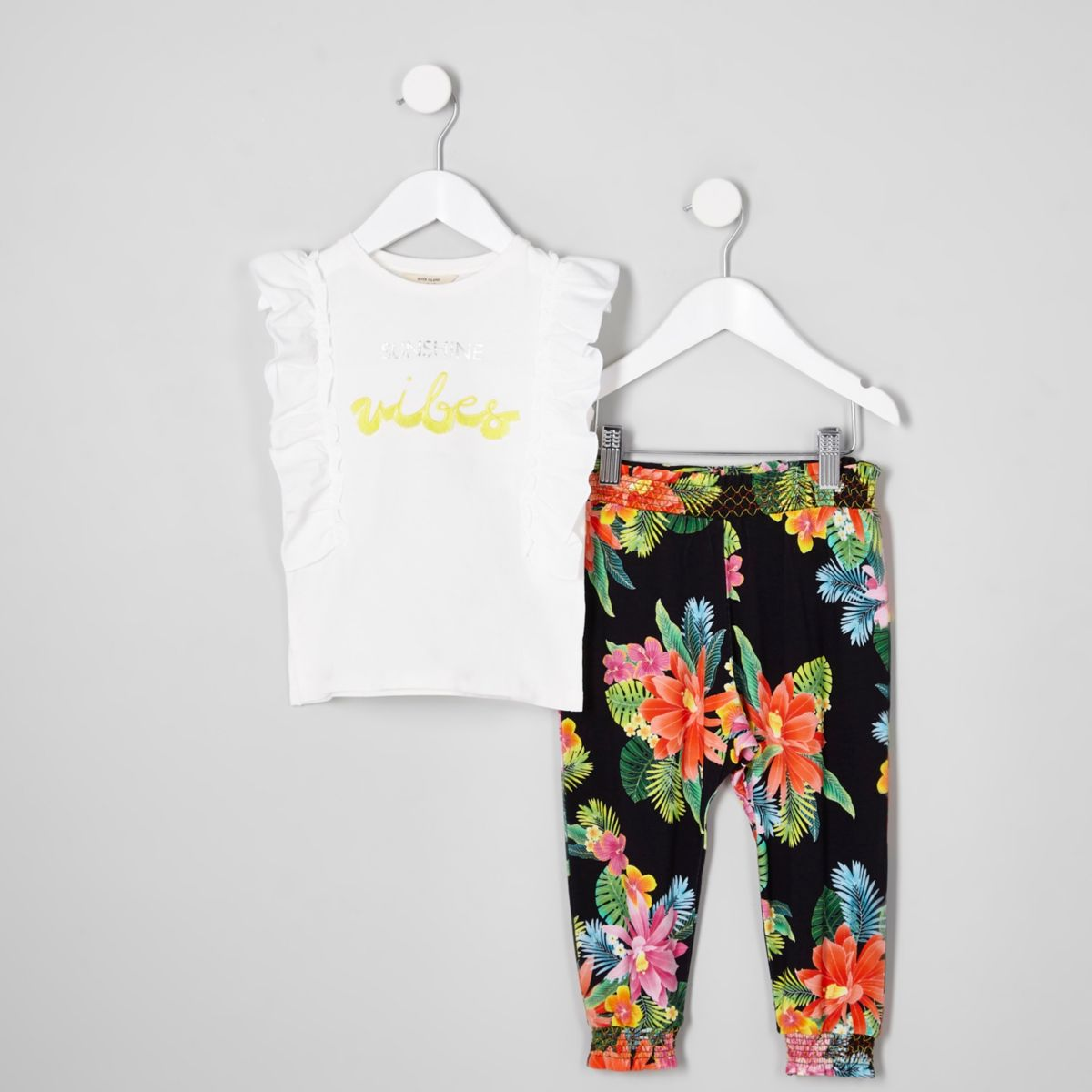 Mini girls white 'sunshine vibes' outfit