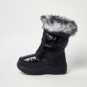 Girls black faux fur trim snow boots