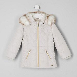 Wattierter Mantel mit Kunstfellbesatz in Pink