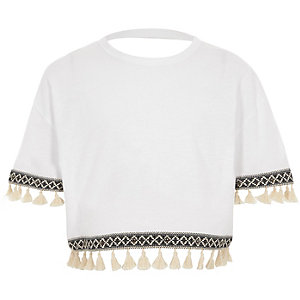 Girls white short sleeve tassel trim T-shirt