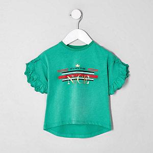 Mini - Groen T-shirt met ruches en 'Nice'-print voor meisjes