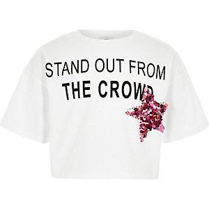 "Weißes, kurzes T-Shirt ""Stand out"""