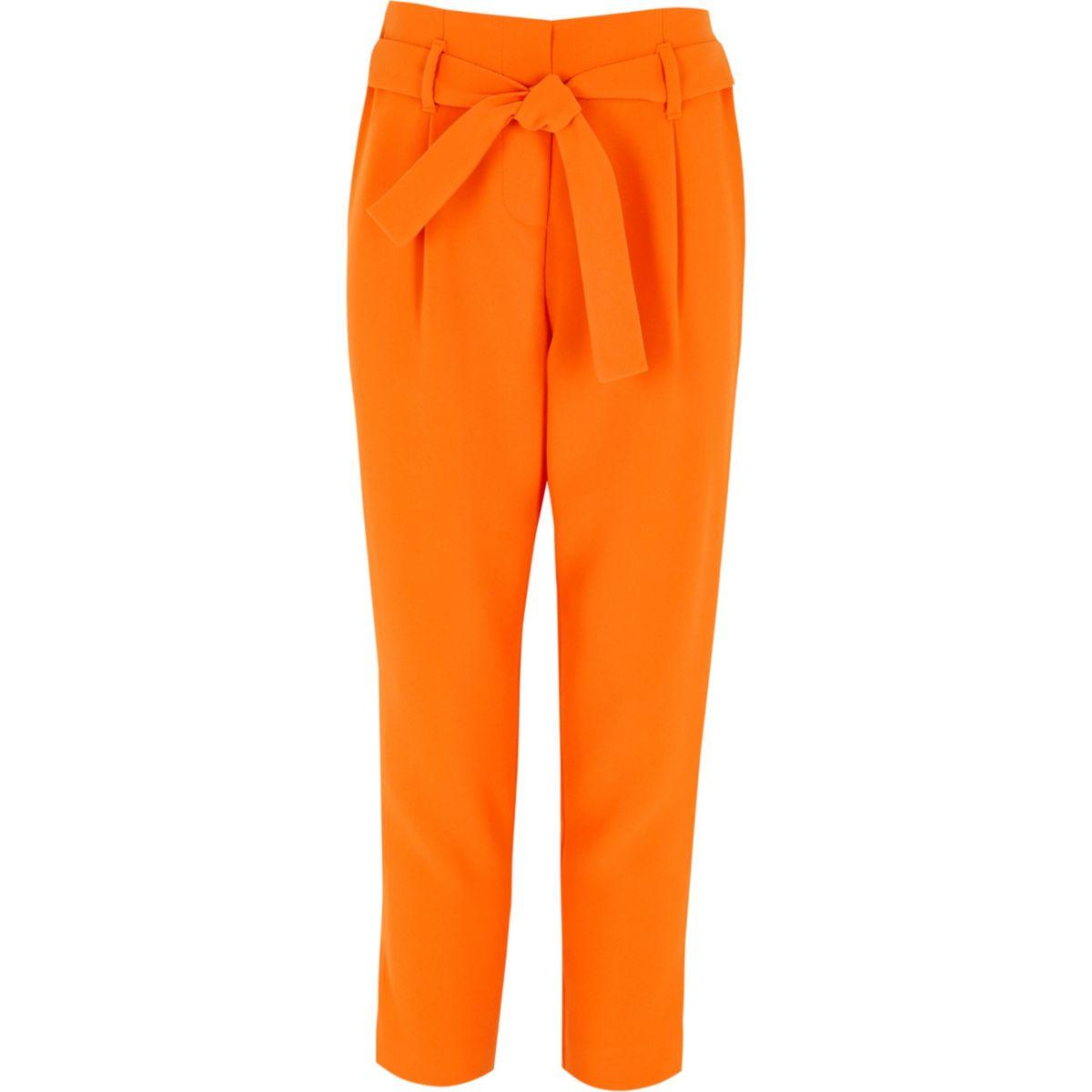Orange Karottenhose mit Taillenschnürung
