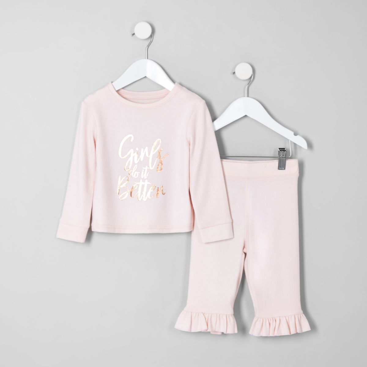Mini girls pink 'girls do It better' pajamas