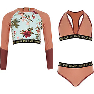 Roze driedelige bikiniset met bloemenprint voor meisjes