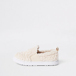 Mini girls cream faux fur slip on plimsolls