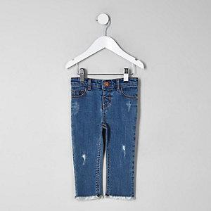 Blaue Straight Leg Jeans mit Fransensaum