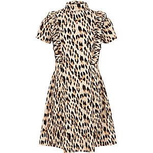 Braunes Rüschenkleid mit Leopardenmuster