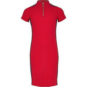 Robe côtelée rouge à bande sur le côté et col zippé pour fille