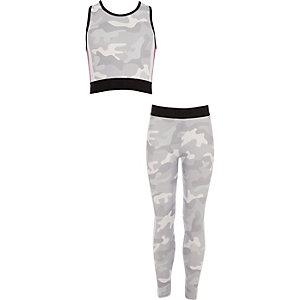 Outfit met crop top met camouflageprint en legging voor meisjes