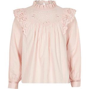 Pinke, langärmlige Bluse mit Lochstickerei