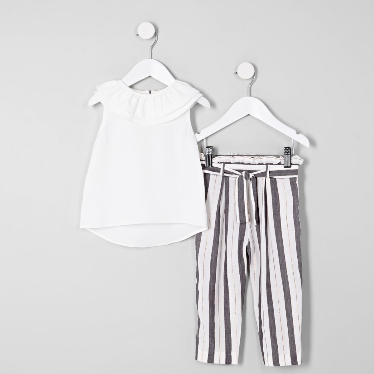 Mini girls white tiered frill top outfit