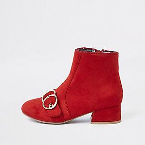 Rode laarzen met hak, twee cirkelvormige gespen en RI-logo voor meisjes