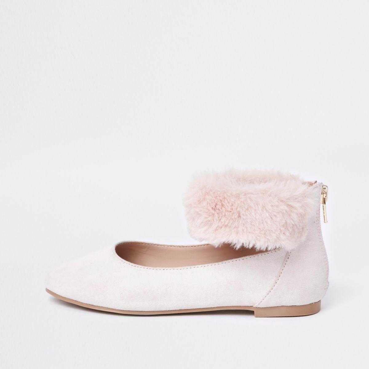 Girls pink faux fur ballerina pumps