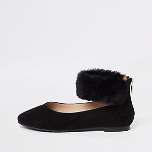 Girls black faux fur ballerina pumps