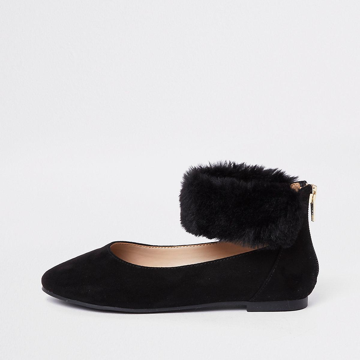 Girls black faux fur ballerina pumps
