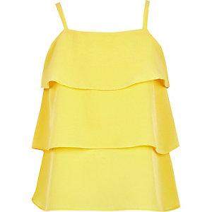 Gele gelaagde camitop met ruches voor meisjes