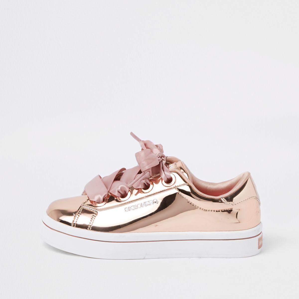 Girls Skechers rose gold low top sneakers