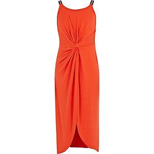 RI – Robe mi-longue rouge nouée devant pour fille